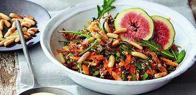 Kräuterwürziger Quinoa-Salat