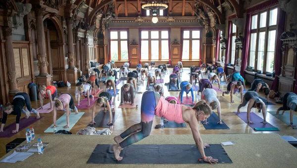 Barbra Noh: Yoga des 21. Jahrhunderts