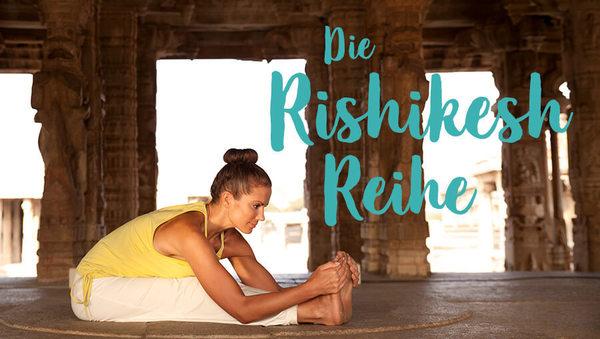 Large yoga rishikesh reihe