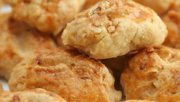 Süße Mandelbrötchen