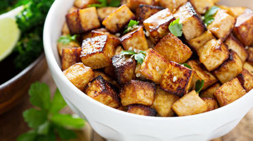 I370 208 tofu mit spitzkohl orangen salat