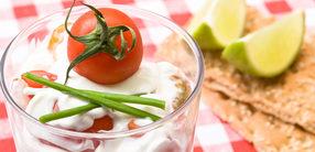 Knäckebrot mit Tomatenquark