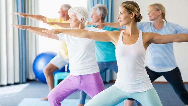 Yoga bei Osteoporose: Tipps und Übungen