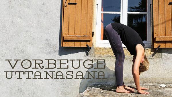 Asana des Monats: Uttanasana – stehende Vorbeuge