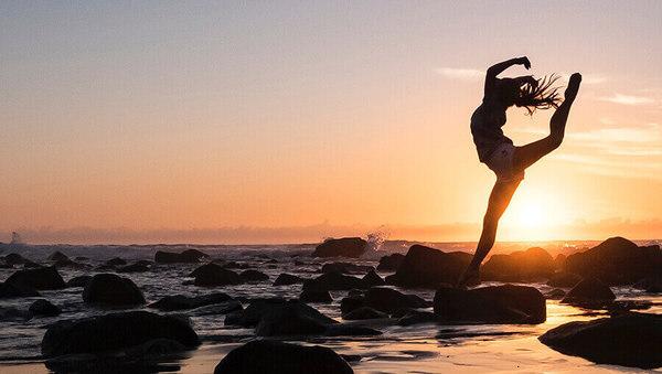 Wie du mit Yoga Leichtigkeit in dein Leben bringst