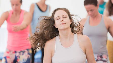 Medium xtatic dance yoga artikel