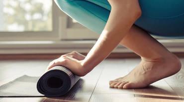 I370 208 spenden yoga home corona tipps artikel 603667649