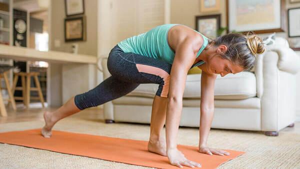 Home-Fitness: Wie du zu Hause mit Yoga fit bleibst