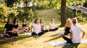I370 208 yoga lehrer gefuehl artikel 1482413450