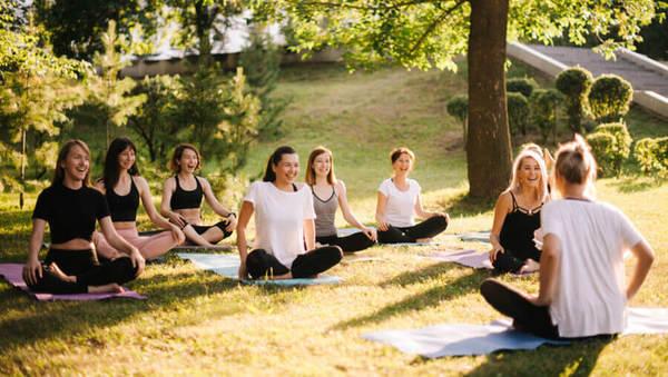 Im Yoga auf mein Gefühl hören oder auf den Lehrer?