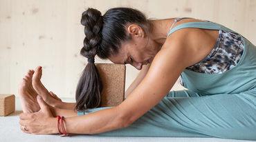 I370 208 erschoepfung muedigkeit yoga header