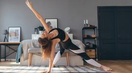 I270 150 yoga morgens aufwachen header 1251492604