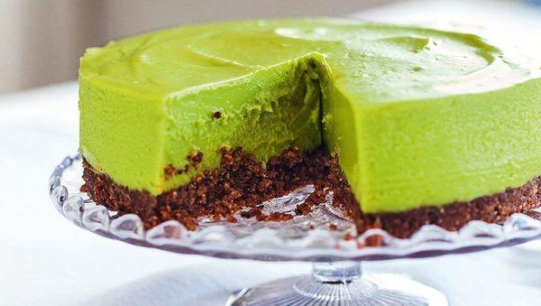 Avocado-Limetten-Cheesecake Rezept von Hemsley & Hemsley