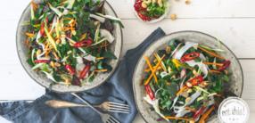 Pad Thai Salat mit Mangold
