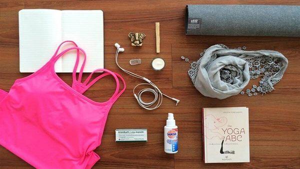Die ultimative Yoga-Packliste für die Ferien