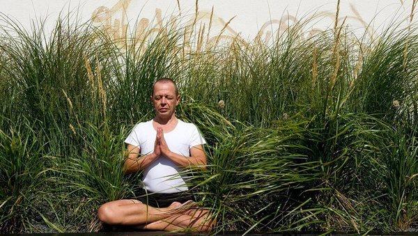 Richard Hackenberg über Chakra-Yoga