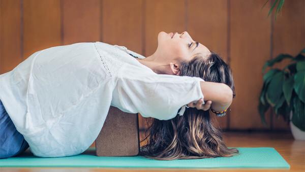 Home Yoga: Wie Du Verletzungen vermeidest