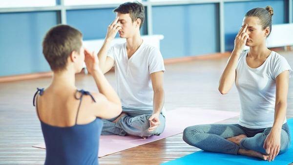 Was Yogalehrer vor jeder Stunde fragen sollten
