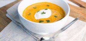 Pikante Süßkartoffel Suppe mit Kichererbsen