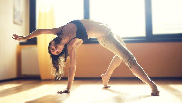 Large header 5 tipps  wie du es schaffst  morgens yoga zu ueben