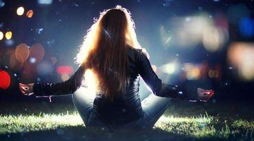 I370 208 header yoga f r starke nerven