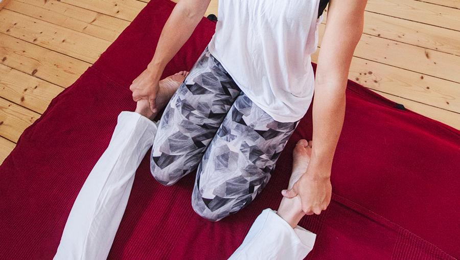 Yoga Thai Massage