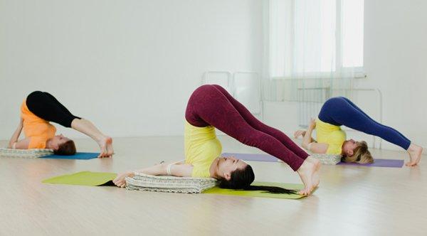 Yoga Pflug Halasana