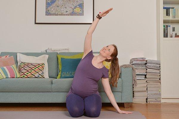 Yoga für Schwangere seitliche Dehnung
