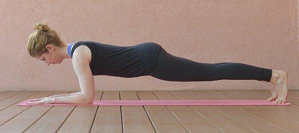 Yogahaltung Brett