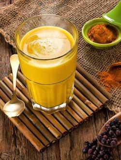 Goldene Milch Ayurveda
