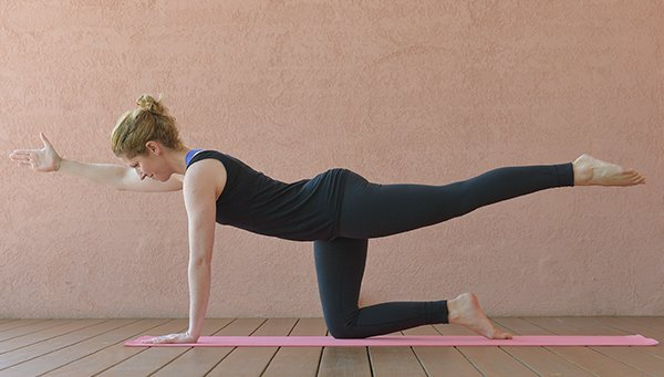Yoga-Übung Zweifüßlerstand