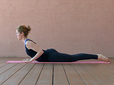 Yogahaltung Kobra
