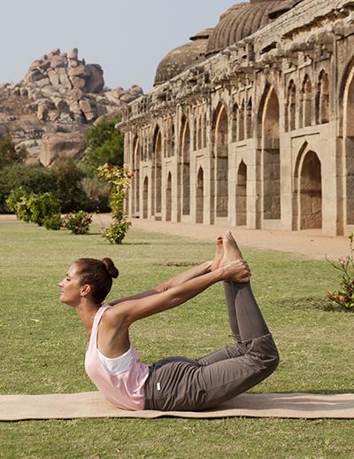Rückbeugen im Yoga: Herzöffner – der Bogen