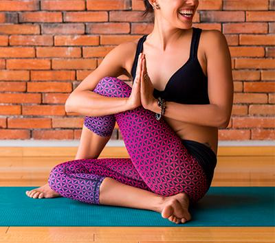 Drehsitz Yoga