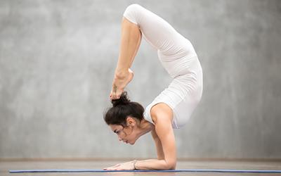 Yoga Vrichikasana