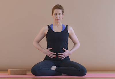 Yoga gegen Wut Asana Bauchatmung