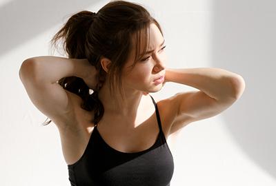 yoga_nackenschmerzen