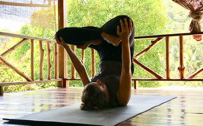 Ashtanga_Yoga_Umkehrhaltung