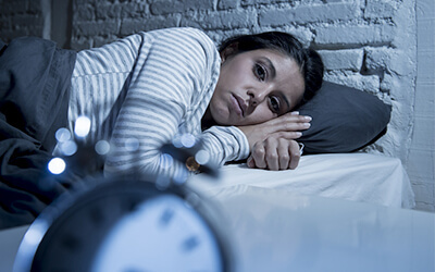 Tipps für besseren Schlaf: Yoga und aktive Entspannung helfen