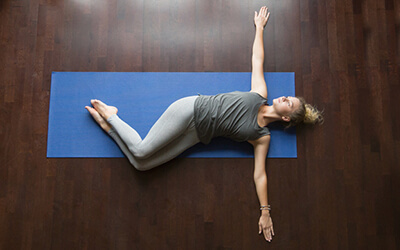 Rheuma, Arthrose, Gicht: Yoga hilft!