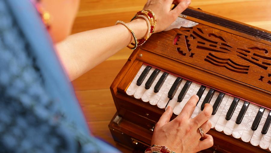 Satzung Mantra Harmonium