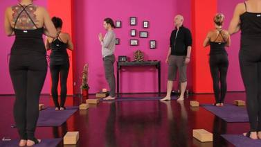 Yoga Video Vishnus Couch Flow - Kurz und Knackig