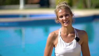 Yoga Video Kerstin Linnartz über ihren Yoga-Weg und regelmäßiges Üben