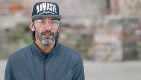 Yoga Video Interview: Mike Erler über die wichtigen Dinge im Leben, Freude und Ängste