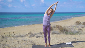 Yoga Video Sanftes Detox Yoga für einen entspannten Bauch