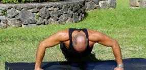 Kraftpaket: Eine Kraftsequenz zur Stärkung des Oberkörpers