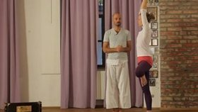 Yoga Video Baum - Vrikshasana