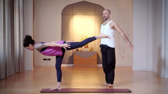 Yoga Video Yoga statt Espresso 4 – Aktivität und Kraft für die Arme