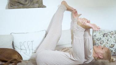 Yoga Video Tutorial: 3 Asanas nach dem Aufstehen