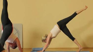 Yoga Video Start in den Tag